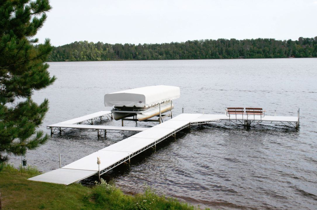 Docks, Hunting Blinds, Boat Lifts | Minneapolis, MN